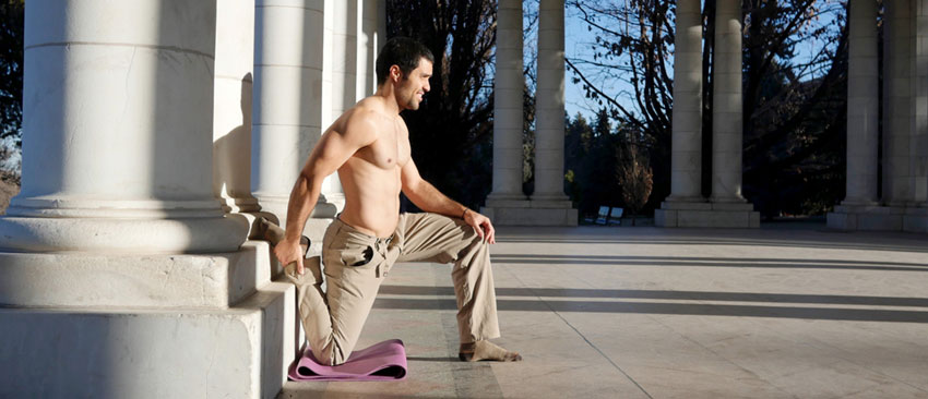 GymnasticBodies athlete demonstrates an excellent lower body flexibility exercise.